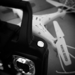 Push this button to make the quadcopter flip